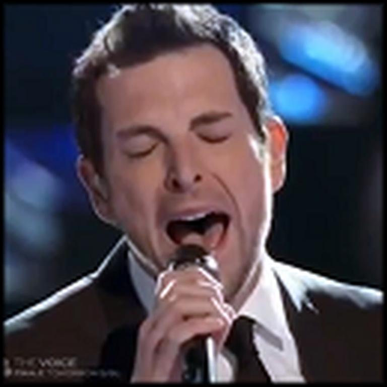 Man with an Awesome Voice Floors Judges - Wow