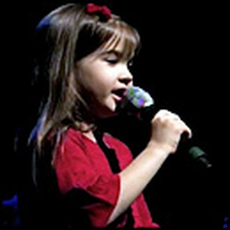 What Child is This Performed by an Amazing 5 Year Old
