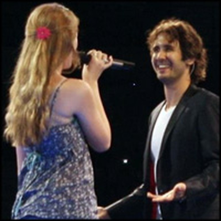 Josh Groban Sings The Prayer With Lucky Audience Member
