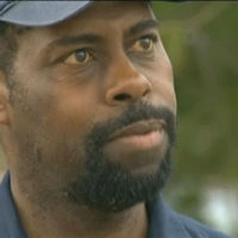 Man Returns $4000 Found in a Dumpster