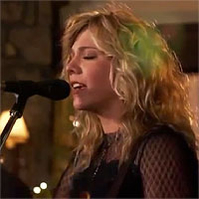 Popular Country Group The Band Perry Beautifully Sing Amazing Grace (My Chains Are Gone)