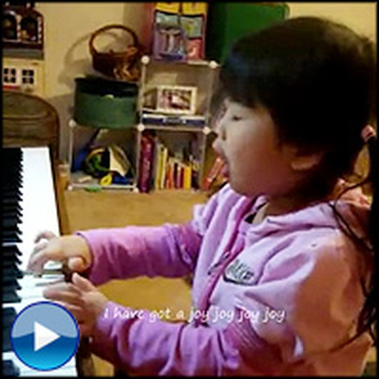 4 Year-Old Sings Her Heart Out for the Lord - Awww