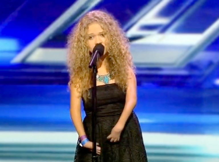 13 Year-Old With Genetic Disorder WOWS the Audience With a Carrie Underwood Hit