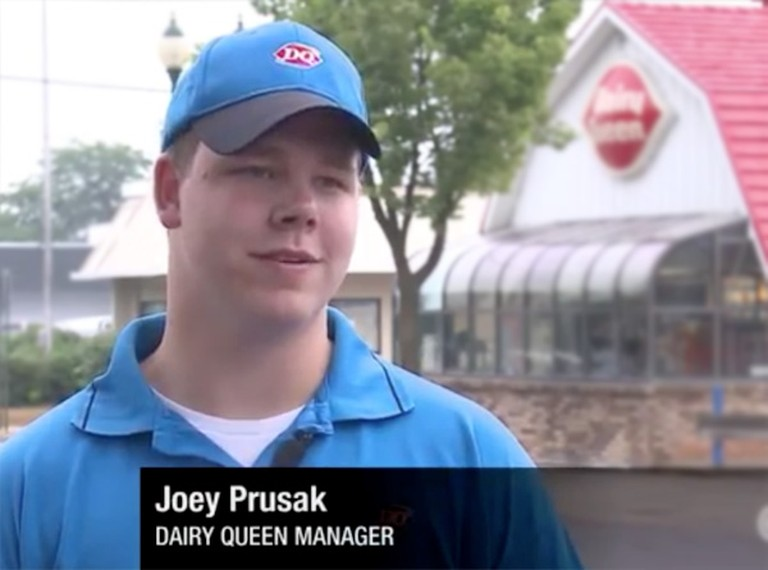 You'll be Moved by What This Dairy Queen Employee Did for a Blind Man - Heartwarming