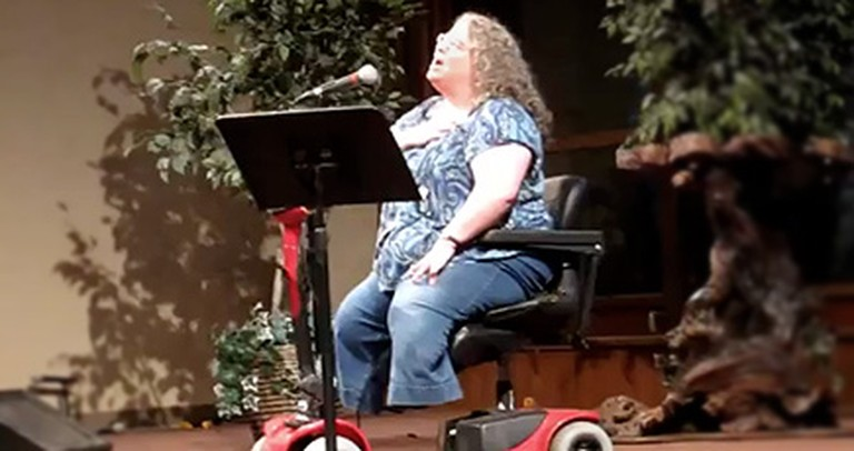 Woman Without Legs Sings to the Almighty Healer - a Beautiful Video