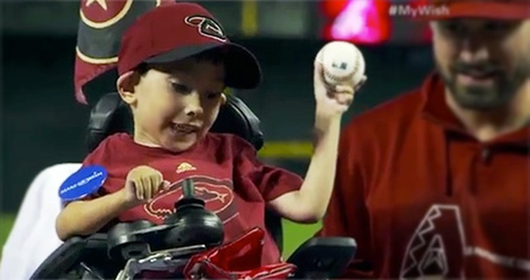 Professional Baseball Players Make a Sick Little Boy's Wish Come True