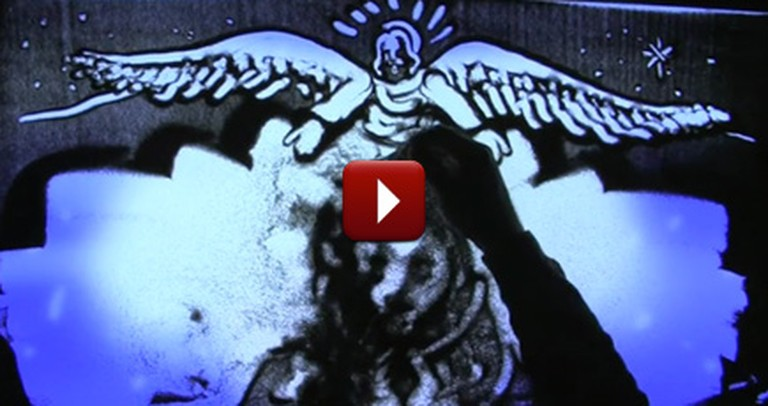 One Unique Artist Tells the Story of Christmas Using Just Grains of Sand and His Faith