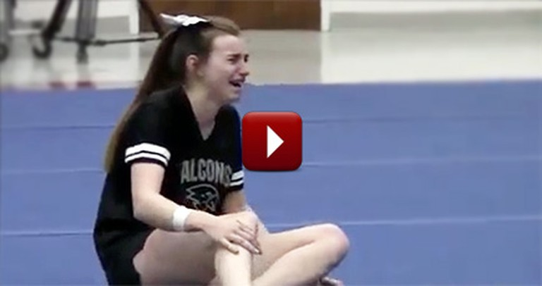 When This Cheerleader Spotted her Dad, She Collapsed Into Tears of Joy