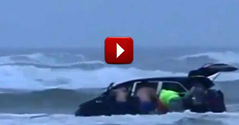Heroes Dramatically Rescue Mom and Three Kids from Sinking Minivan at Great Personal Risk