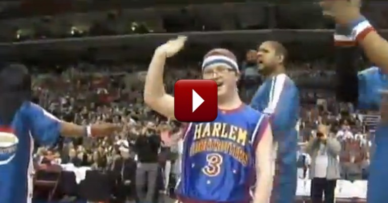 Teen With Down Syndrome Plays for the Harlem Globetrotters