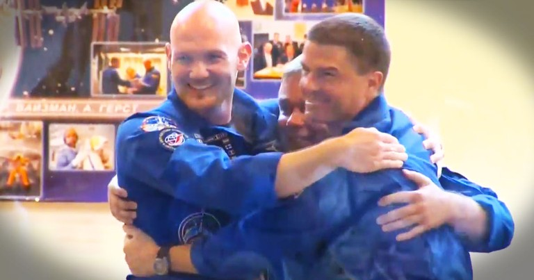 Astronauts Give The Best Answer To A Reporter EVER.  Seriously, My Mind Was Blown at :30!