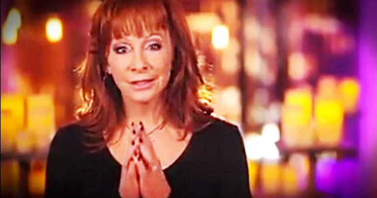 Reba McEntire Gives Heartfelt Performance Of 'Pray For Peace'