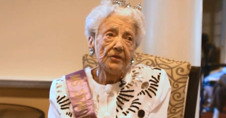 How This 93-Year-Old Helps Others Is Amazing. What She Says At :35 Had Me Yellin' 'AMEN!'