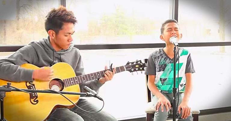 2 Cousins Sing Kari Jobe's 'Steady My Heart'