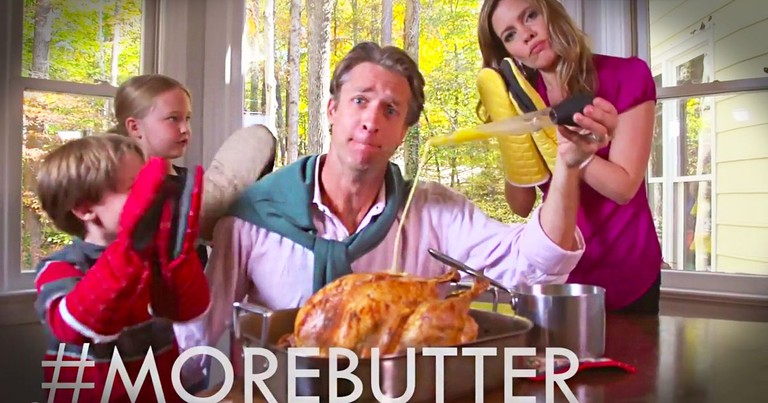 Funny Dad Sings A Thanksgiving Song About Getting Kicked Out Of The Kitchen