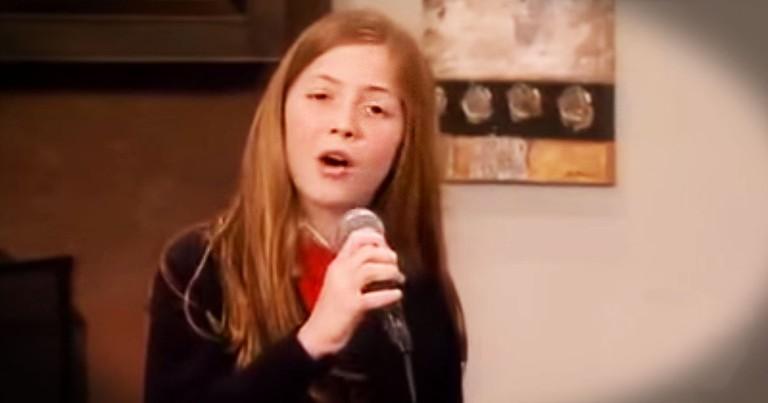 Lexi Walker's STUNNING 'Prayer Of The Children' Performance