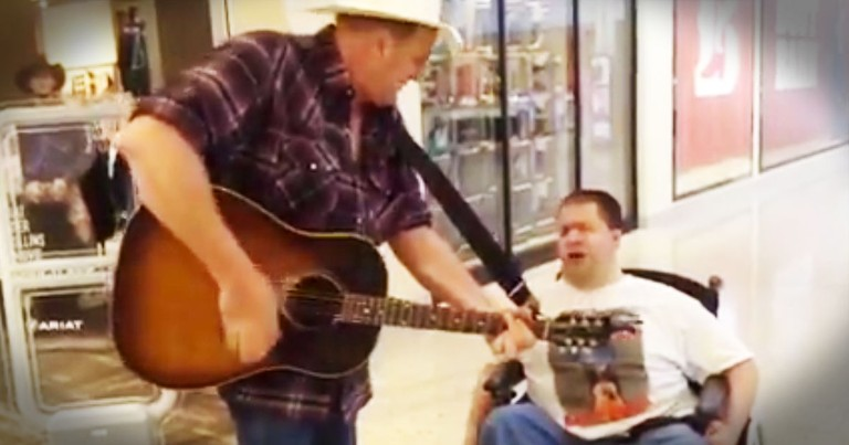What Happened In This Mall Had My Soul Praising HIM!