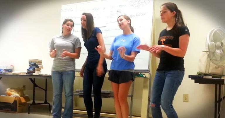 4 Girls' Amazing Barber Shop Quartet In The Classroom!