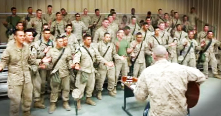 Marines Lift Up Our Lord In Praise--AMEN!