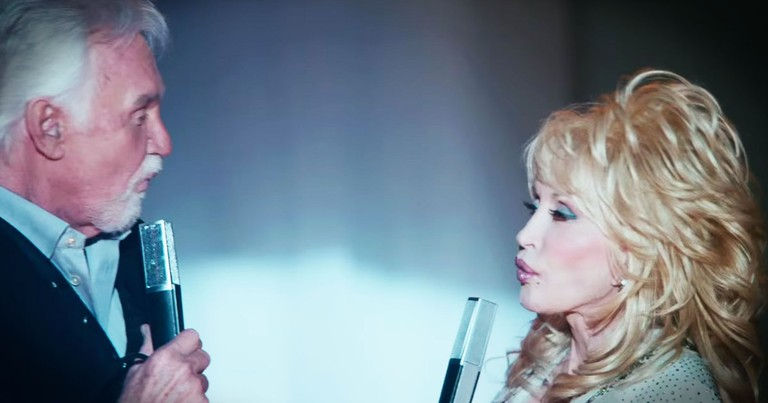 Dolly And Kenny Are Singing Together Again, And It's Amazing!