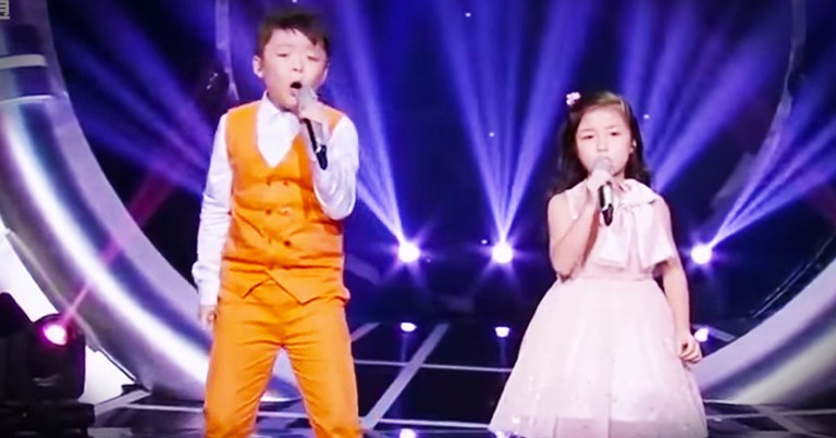 Little Boy And Girl Sing A POWERFUL Performance Of 'You Raise Me Up'