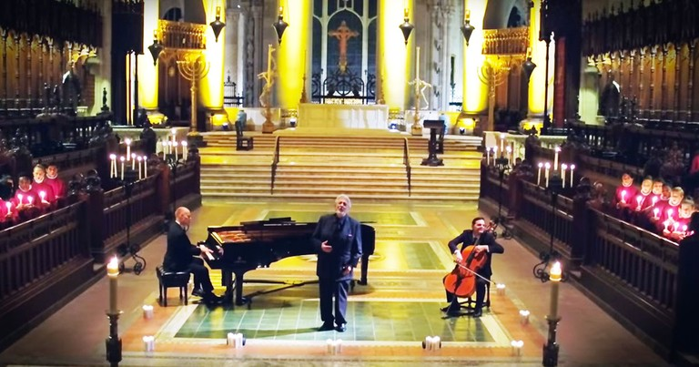 ThePianoGuys And Placido Domingo Perform Chill-Inducing 'Silent Night'