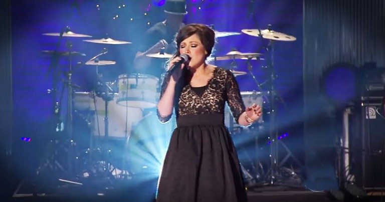 Kari Jobe's 'O Holy Night' Will Touch Your Heart