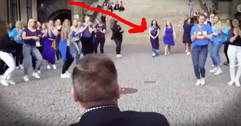 Flash Mob Proposal Has An Adorable Twist