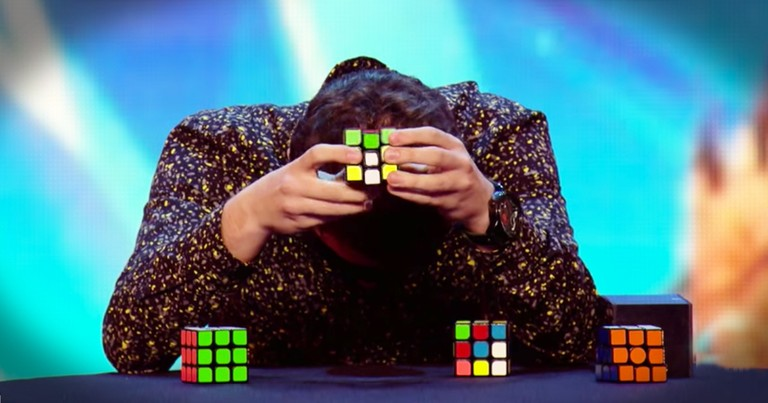 Man Solves 3 Rubiks Cubes Blindfolded And Stuns The Judges