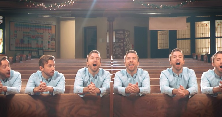 One Man Wows With His  A Cappella 'What Child Is This'