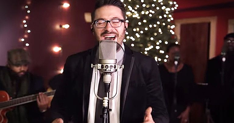 Danny Gokey Performs Acoustic Rendition Of 'This Christmas'