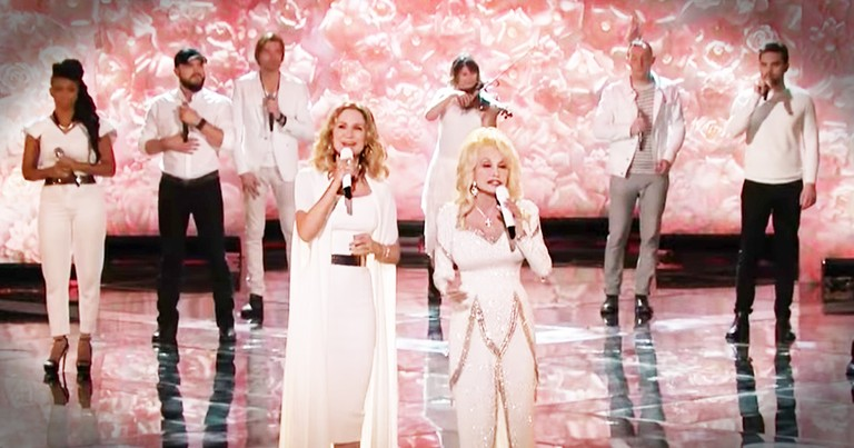 Dolly Parton And Jennifer Nettles Sing 'Circle Of Love'