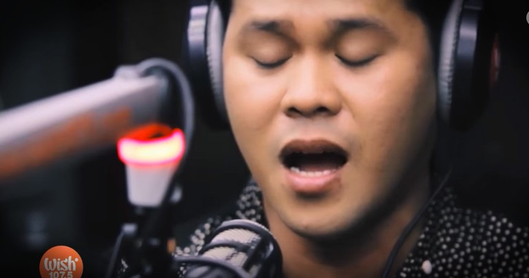 Man Sings 'The Prayer' With Such Vocal Talent, He Has A Duet with Himself