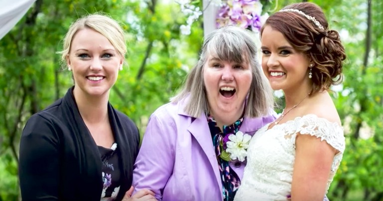 Bride Moves Up Wedding Date For Her Dying Mom