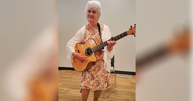 Hilarious 90-Year-Old Rewrites Classic Patsy Cline Song Into Song About Aging