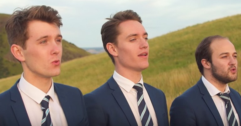 A Cappella Men's Group Gives Breathtaking Performance Of 'Moon River'