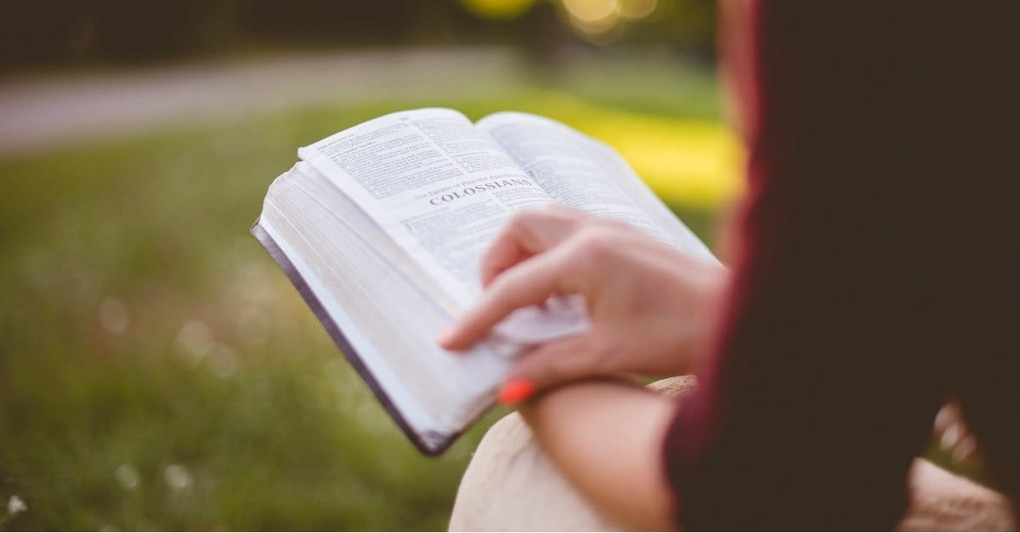 10 Bible Reading Plans to Start This January