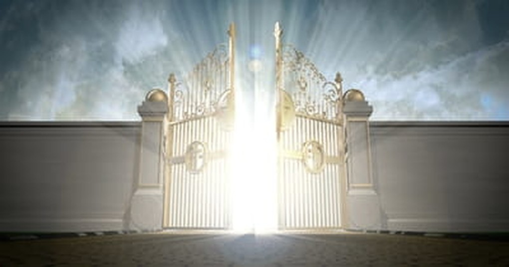 heaven opening pearly golden gates