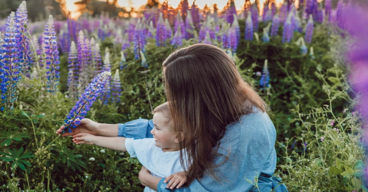 15 Bible Verses about Mothers for Mother's Day Celebration