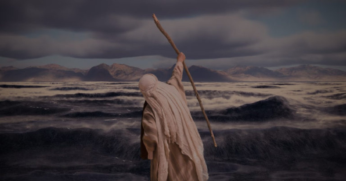 moses parts red sea