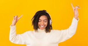 5 Powerful Worship Songs to Keep You on Pace