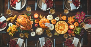 25 Bible Verses and Scripture Quotes Perfect for Thanksgiving