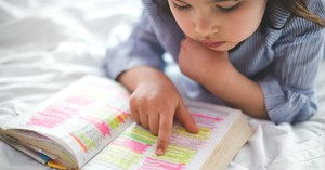 The Best Kids Bible Study Recommendations for Each Child Age Group