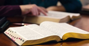 How to Overcome the Issue of Biblical Illiteracy in Our Own Lives