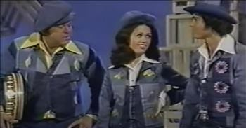 Hilarious Rendition Of 'Foggy Mountain Breakdown' On Donny And Marie Show