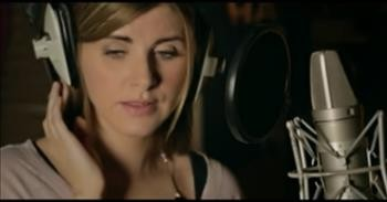 Celtic Singer Sings 'Mom' Cover From Garth Brooks