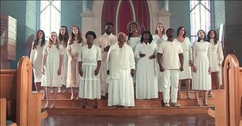 Choir Of Women Perform A Cappella 'Amazing Grace' With The Bonner Family