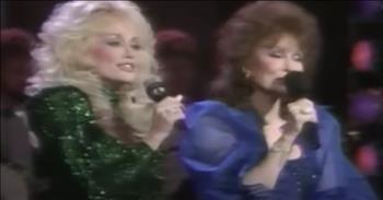 Dolly Parton And Loretta Lynn Sing A Medley Of Loretta Songs