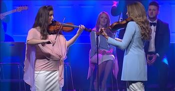 'You Raise Me Up' The Collingsworth Family Worship Performance