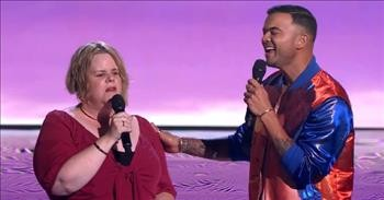 Judge Joins Contestant On Stage For 'Sound Of Music' Duet